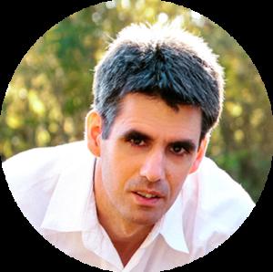 Szuhi Attila, a SEOtudatos szövegírás szakmai lektora, az ite.hu SEO portál alapítója